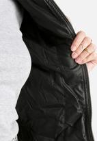 Vero Moda - Beggar Short PU Jacket