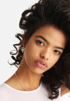 Bennt - Big Double Triangle Earring