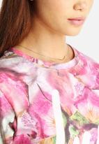 Hype - Frozen Flower Crop T-Shirt