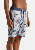 Vans - Cast Away Shorts