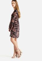 Vero Moda - Lu Paisley Short Dress