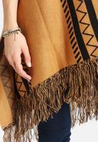 Vero Moda - Cass Knit Cape