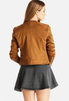 Vero Moda - Ally Short Faux Suede Jacket