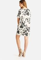 Vero Moda - Cheetar Grid Short Dress