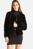 Vero Moda - Curl Short Faux Fur Jacket
