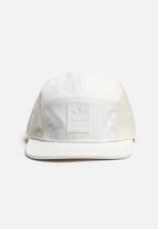 adidas Originals - 5 Panel Cap