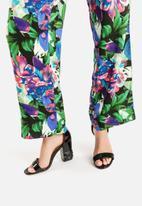 Vero Moda - Easy Wide Floral Pants