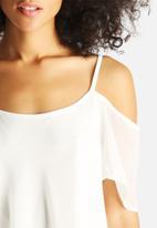 Vero Moda - Jane Drop Shoulder Singlet