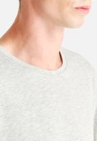 Only & Sons - Theis Long Line Tee