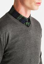 Only & Sons - V-Neck Knit Sweater