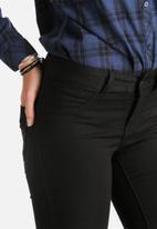 Jacqueline de Yong - Low Rise Fano Kneecut Skinny Jeans
