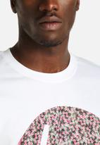 Hype - Ditsy Floral Circle Tee