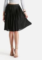 ONLY - Audo Plisse Knee Skirt