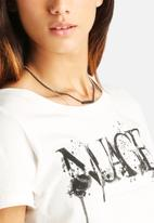 ONLY - Julia Nuage Tee