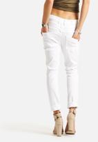 ONLY - Lise Antifit Destroy Jeans