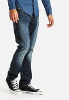 GUESS - Skinny Leg Denim
