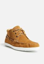 Travel Fox - Suede Mid Boat Shoe