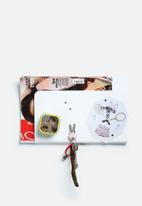 Three by Three - Magazine Pocket