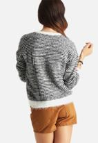 Noisy May - Galli Knit