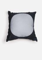 Superbalist Cushions - Circle Cushion