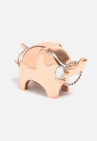 Umbra - Anigram ring holder
