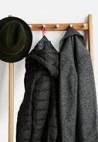Umbra - Leanera Coat & Shoe Rack