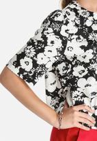 Lola May - Printed Floral Top