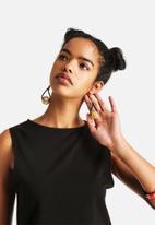 Pichulik - Curved Ball Earrings