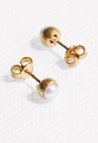 Black Betty - Pearl Stud Earrings