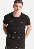 someday - Shaun Crew Neck Tee