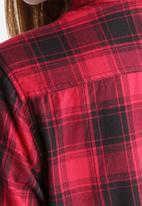 Pieces - Kia Check Shirt