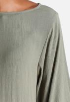 Jacqueline de Yong - Regard 3/4 Lace Top