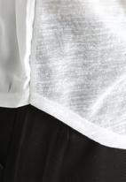 Vero Moda - Dizzie Printed Top