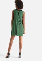 Vero Moda - Manny Collar Dress
