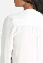 ONLY - Kamma Tie Shirt