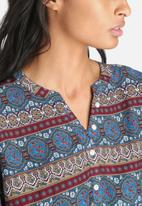 ONLY - Avignon Shallow Top