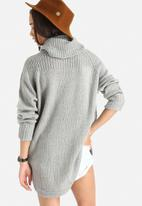 ONLY - New Noah Rollneck