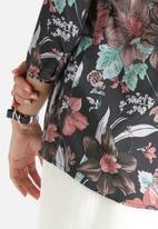 Vero Moda - Silkey Flower 3/4 Top