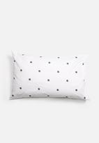 Zana x Superbalist - Dotty Pillowcase Set