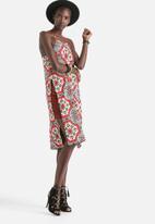 Motel - His Rayon Tile Print Dress