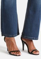 Vero Moda - Sally Flare Jeans