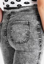 American Apparel - Acid Wash Easy Jean