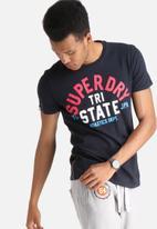 Superdry. - Tri Track Tee