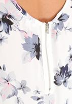 Glamorous - Feather Print Top
