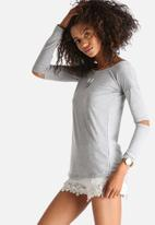 The Lot - Elbow Room Long Sleeve Top