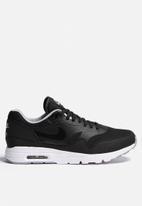Nike - Wmns Air Max 1 Ultra Essential