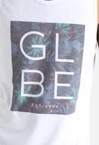 Globe - Box Fill Vest