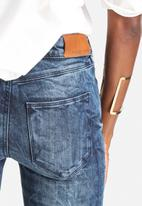 Vero Moda - Lucy Super Slim 3-Zip Biker Jeans