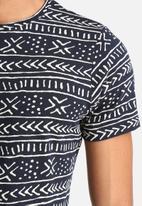 Native Youth - Print T-shirt