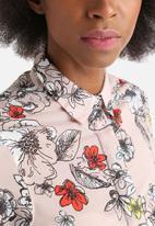 Influence. - Handkerchief Hem Floral Shirt